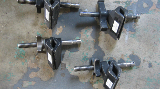 "(4x) Matthellini 3"" Center Jaw Clamps"